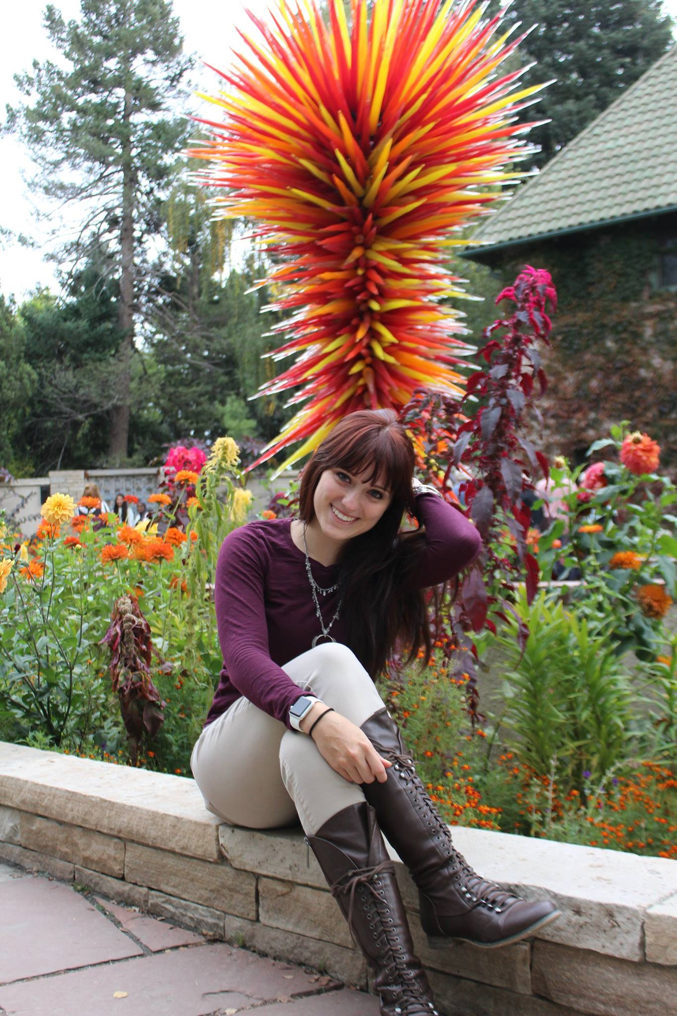 Oklahoma City Doula Jenni Jenkins smiling and posing at botanical gardens